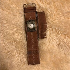 Fender watch with fringes